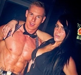 Stripper Vince Dean Galerie