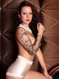 Stripperin Jessy in Brandenburg und Berlin buchen